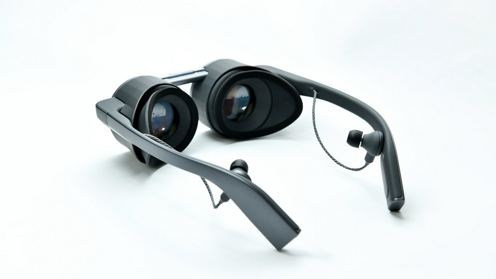 Panasonic UHD VR Glasses: A Super Slim Form Factor