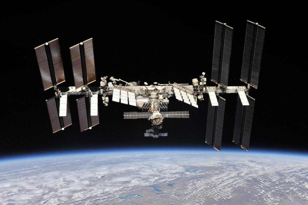 https://techtrends.tech/wp-content/uploads/2020/06/ISS-image-1-02.jpg